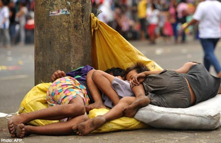 20110405 - Manny Pacquiao Slept on the Street When He Was Young - Philippine Photo Gallery