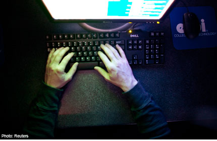 cyber dating love romance