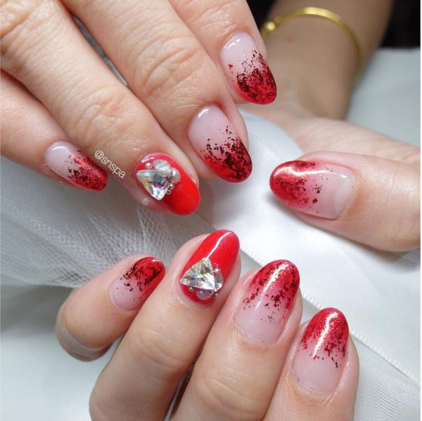 18 pretty red manicures to get you inspired for chinese new year 18 pretty red manicures to get you inspired for chinese new year prinsesfo Images