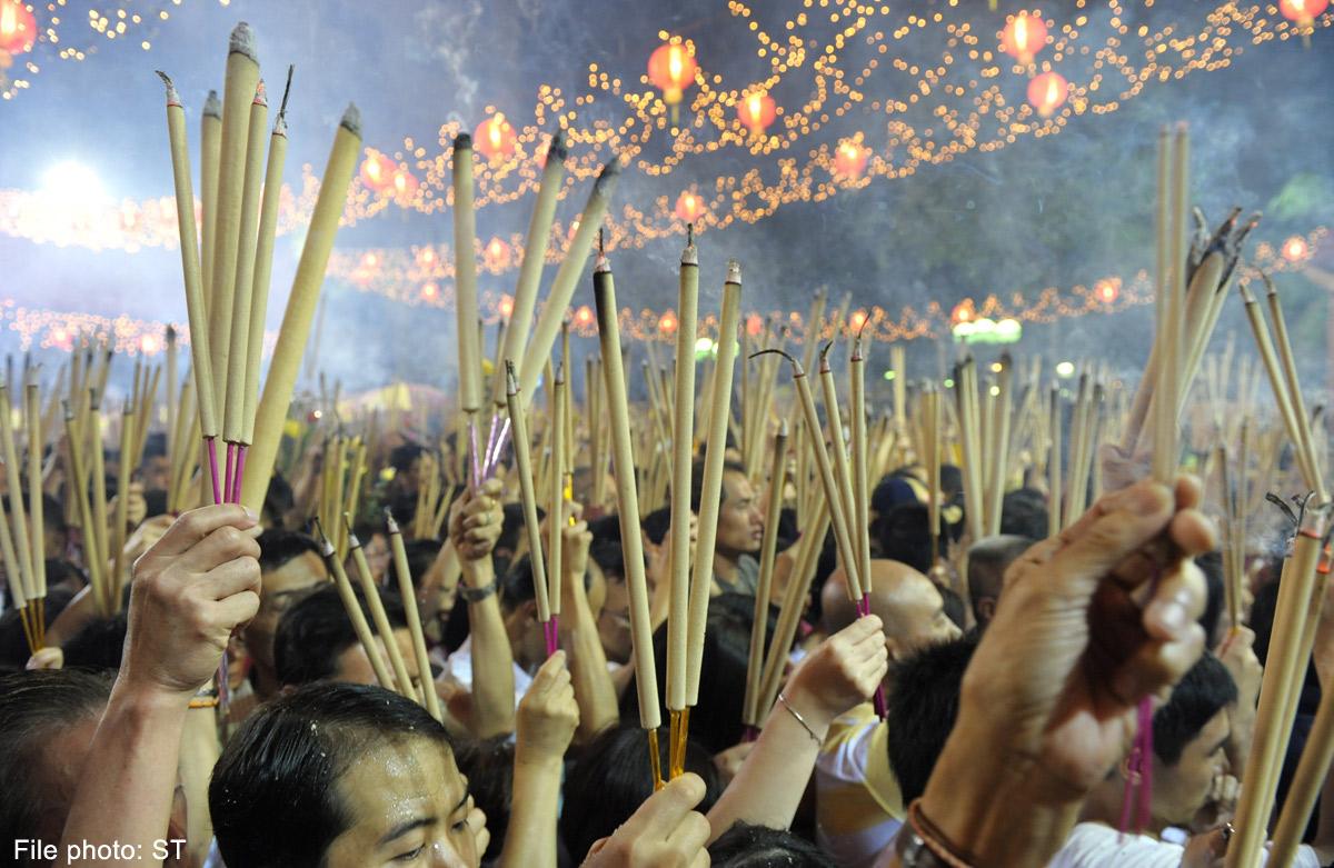 Incense smoke 'like passive smoking', Health News - AsiaOne