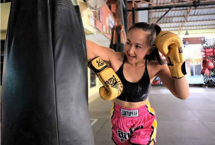 Jade Marrisa Sirisompan, a former Muay Thai world champion