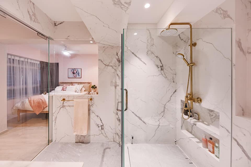 10 Tips To Make A Small Bathroom Feel