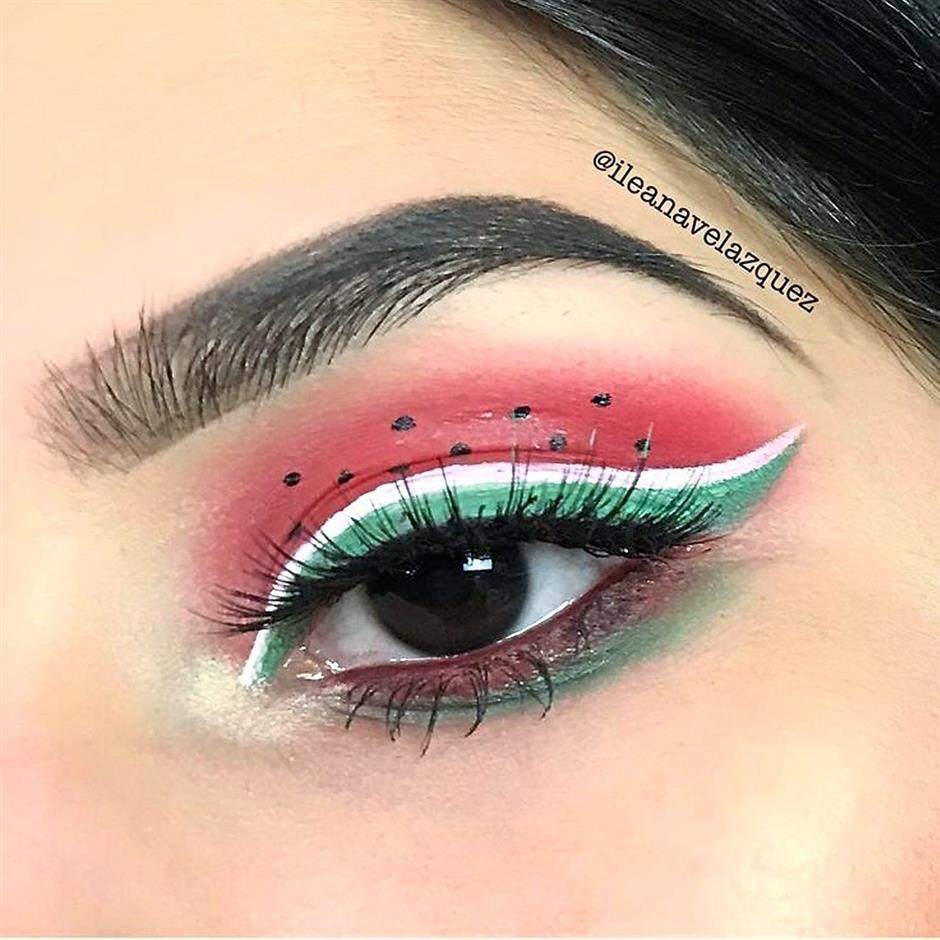surprise your friends with a new crazy makeup trend in the style of
