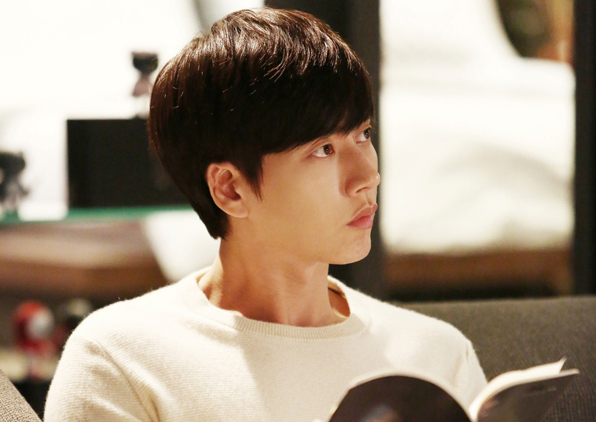 Korean actor Park Hae-jin continues reinventing himself ...