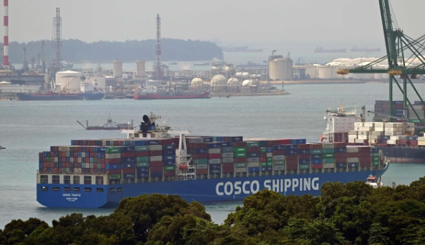 What a Singapore Strait traffic jam says about the world economy