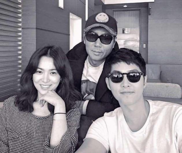Signs Of Song Joong-ki, Song Hye-kyo's Love Story On