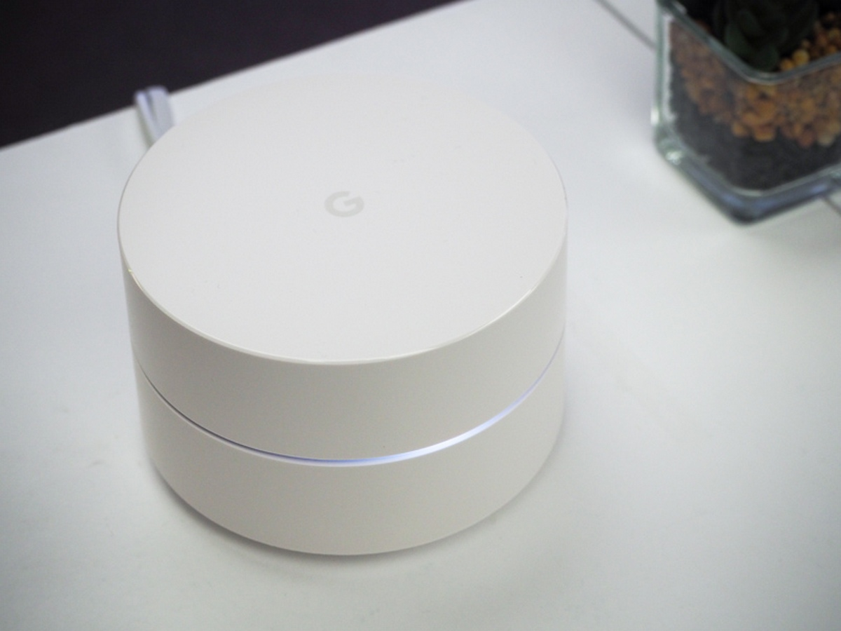 Google partners StarHub to launch Google Wifi mesh routers