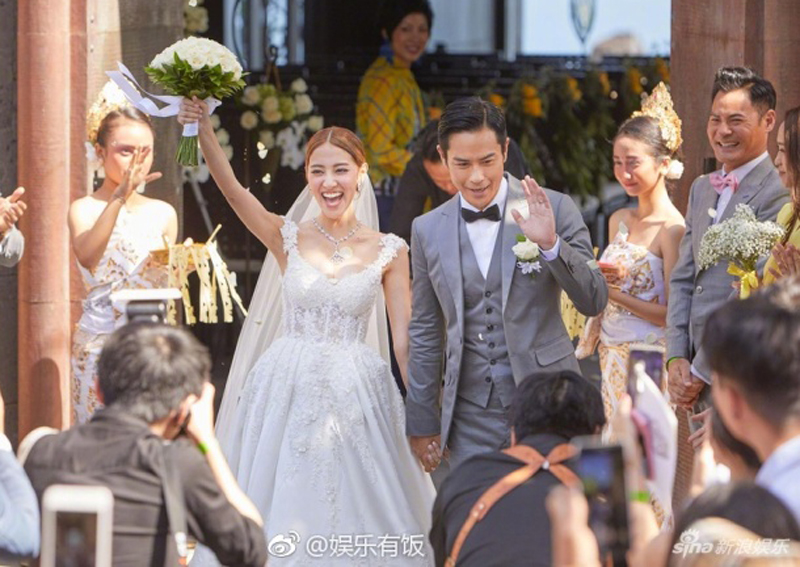 faf57c9c3324 Hong Kong stars Grace Chan and Kevin Cheng tie the knot in Bali ...