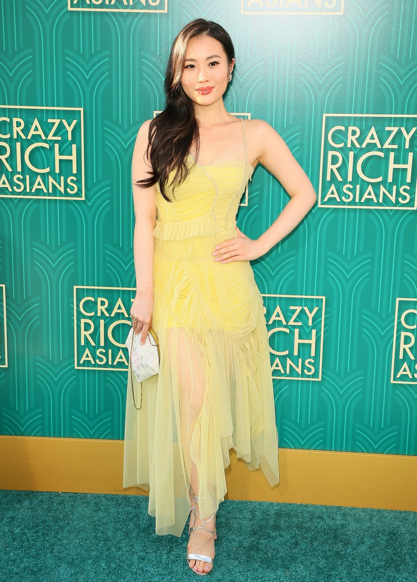 Singapore Actors Fiona Xie Pierre Png Work The Crazy Rich