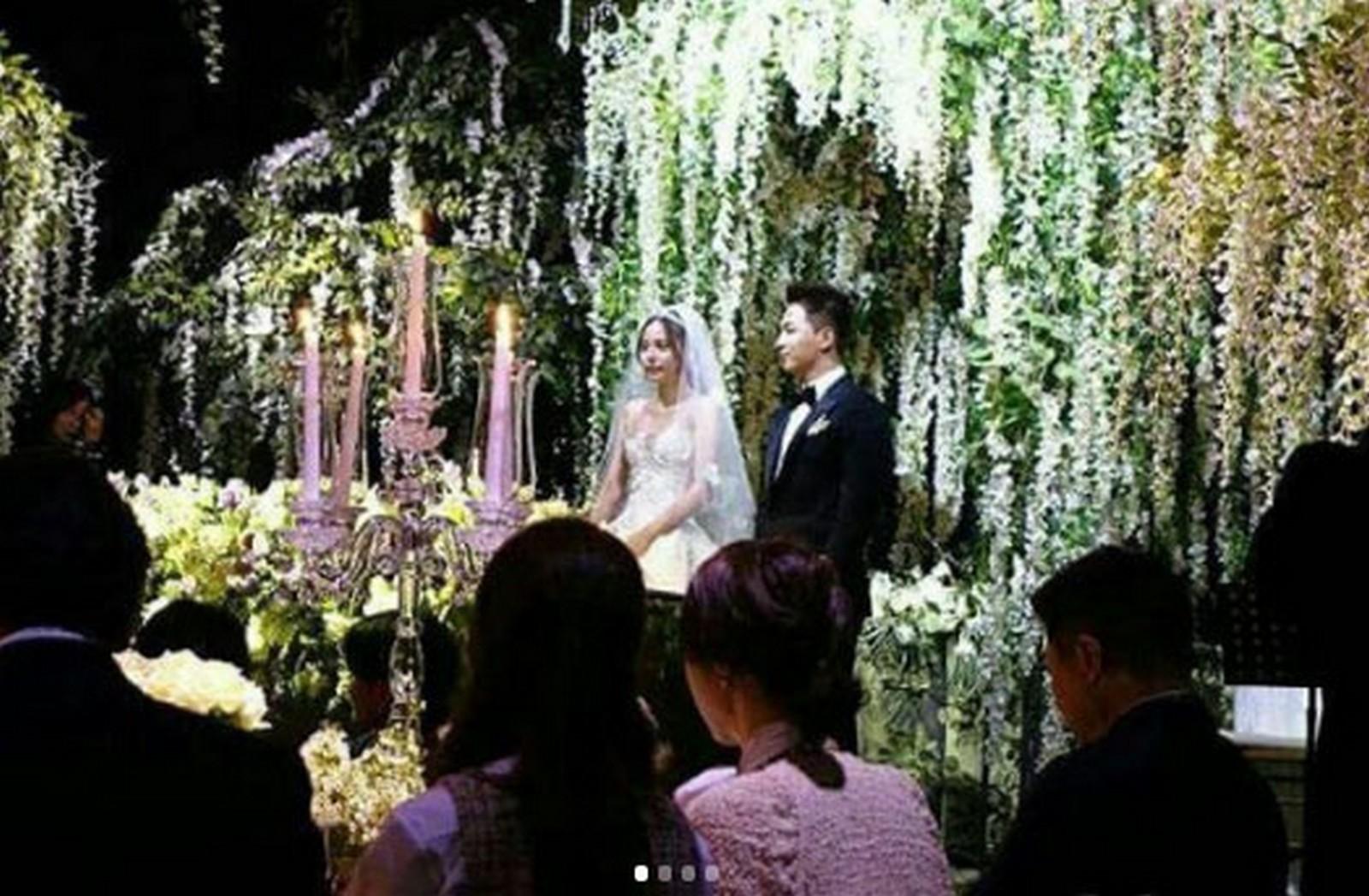 Hyo wedding min rin BIG BANG's