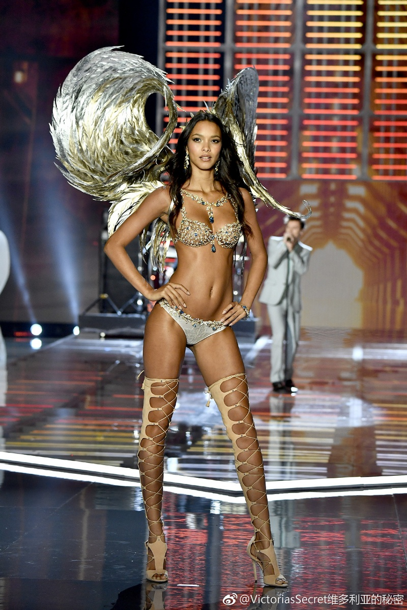 22a3e8df0 Angels or demons  Politics in the air as Victoria s Secret show hits ...