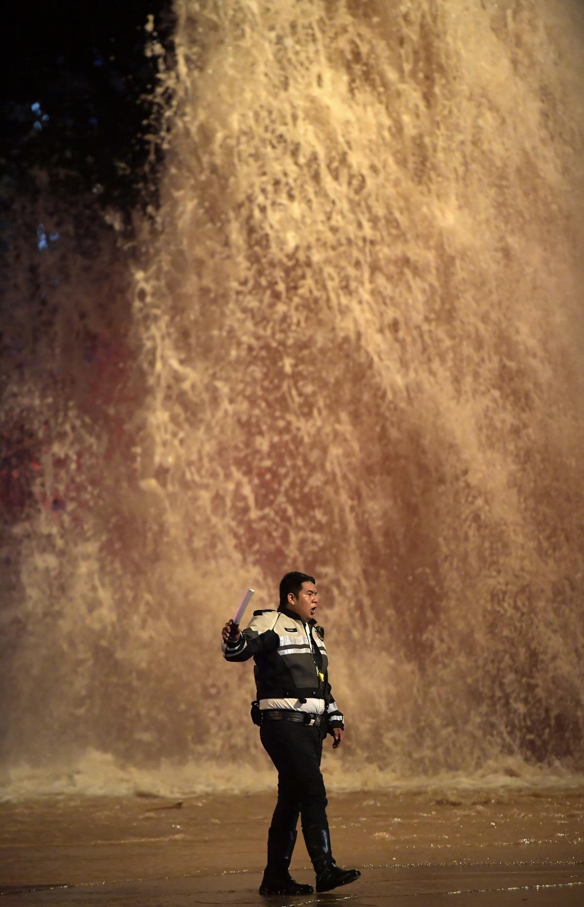 bukitbatokwestwaterpipe_12.jpg
