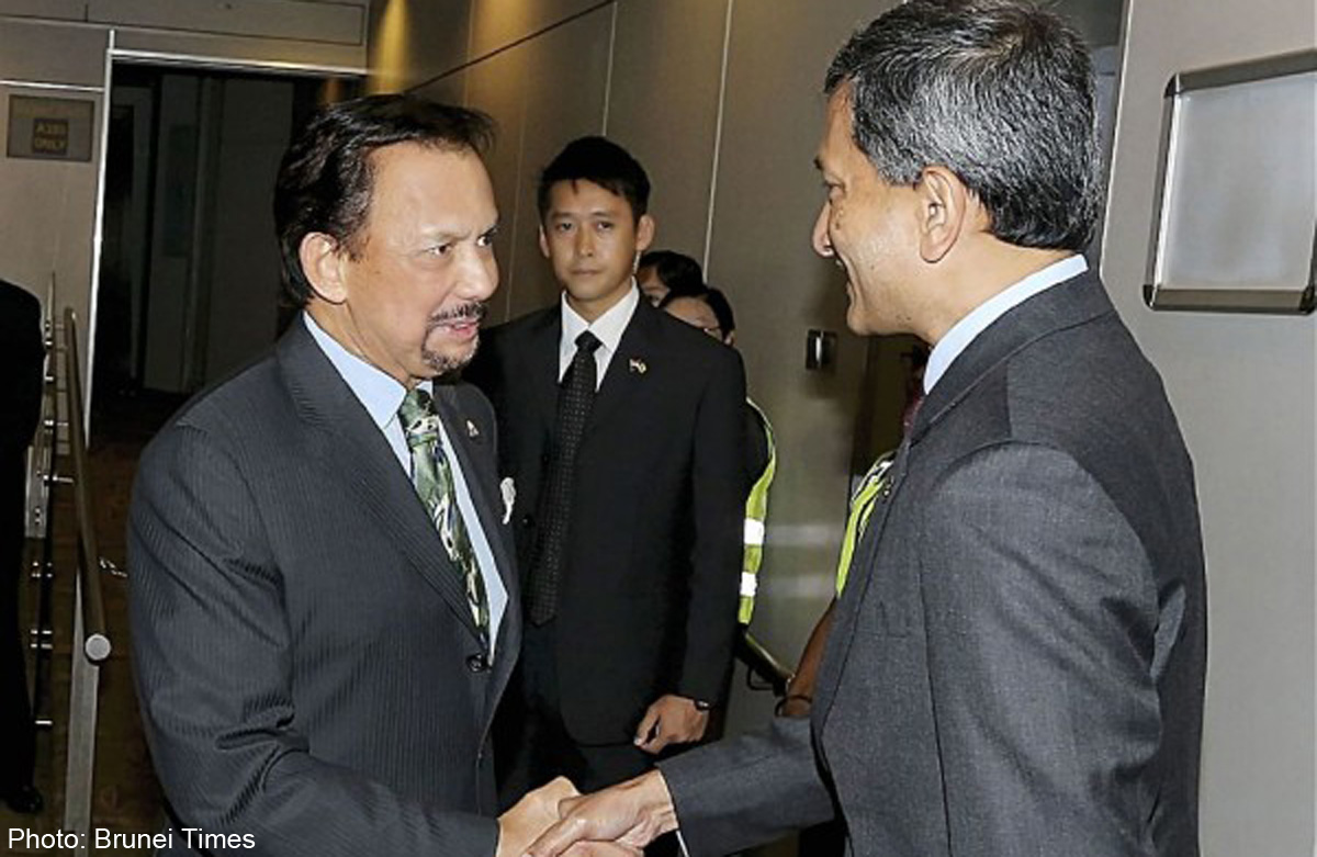 Brunei Sultan arrives in Singapore for 3-day state visit