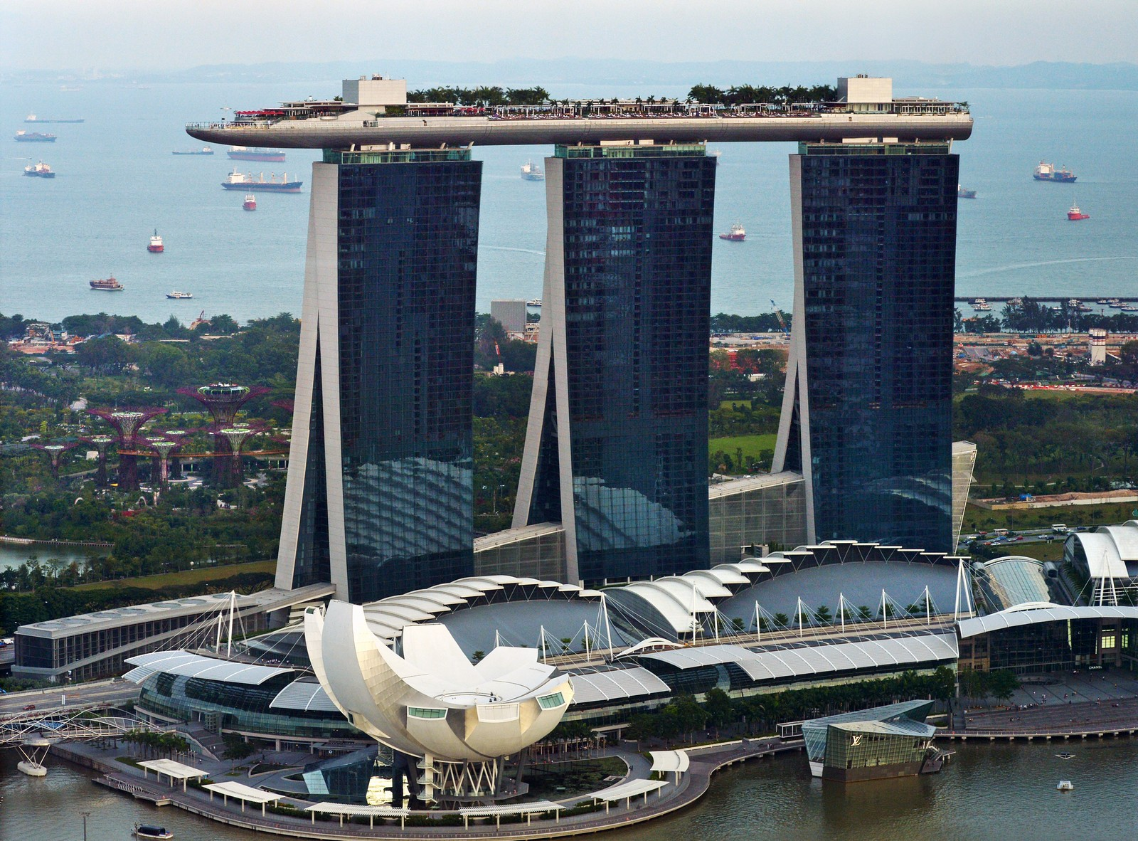 Four To Five Star Hotels In Singapore
