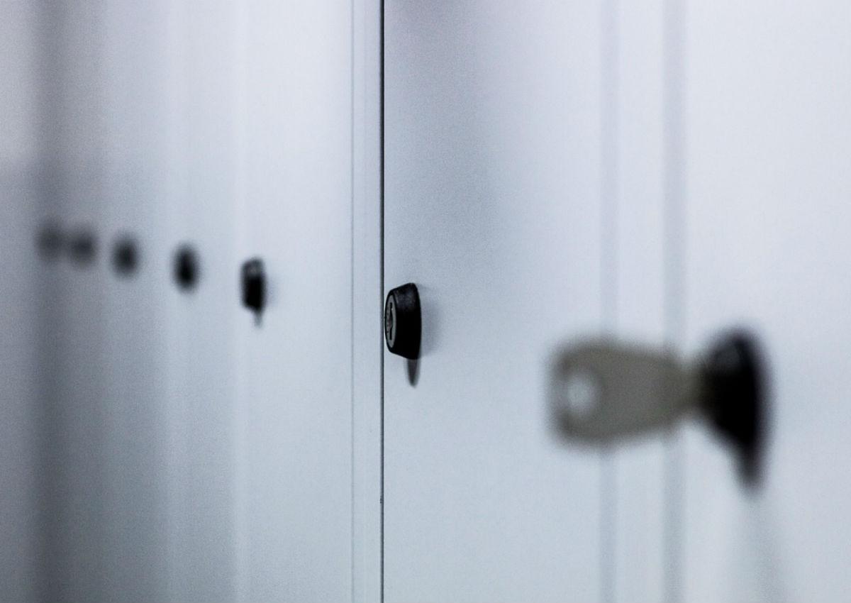 Cam Lockers