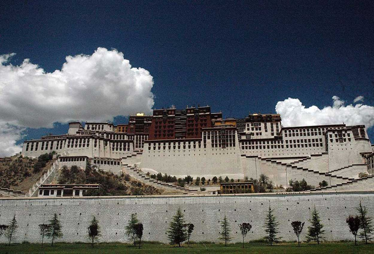 Reach For Clouds >> Reach For The Clouds In Tibet Travel News Asiaone