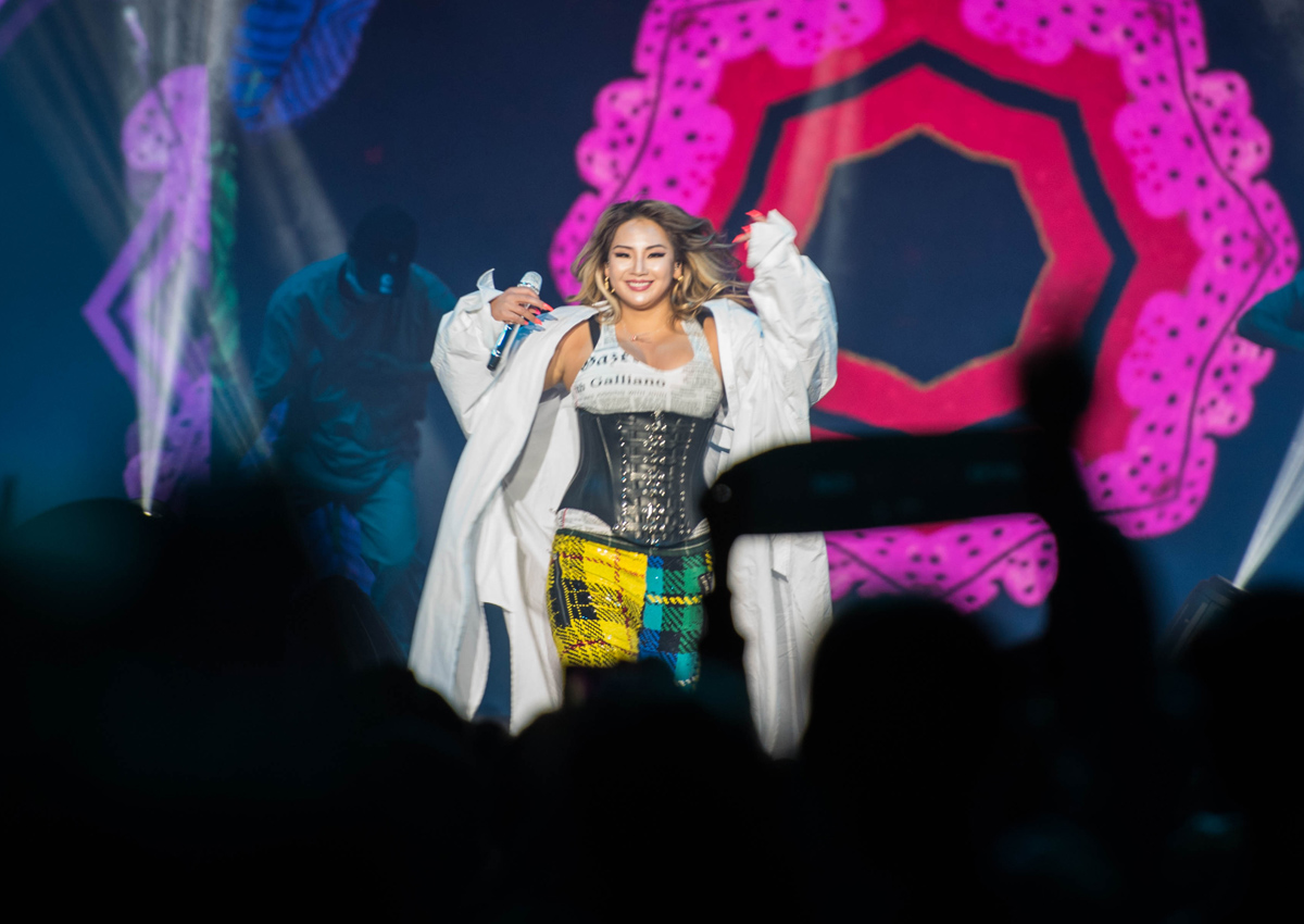 CL body-shamed, Ailee tears up on diet, revealing harsh side