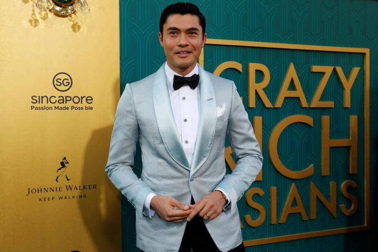 on crazy rich asians red carpet errors in the backdrop turn singapore into 39 sincapore. Black Bedroom Furniture Sets. Home Design Ideas