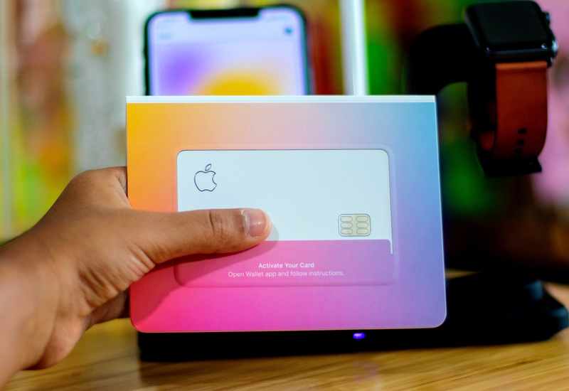 POSB Bank throws shade at Apple Card's delicate, dainty ...