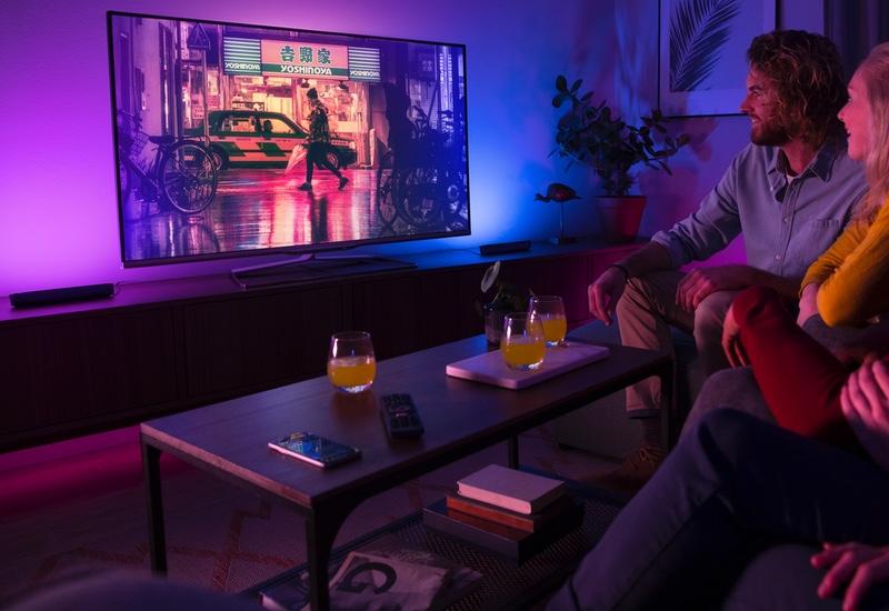 Philips Hue Play light bars sync RGB lighting to your