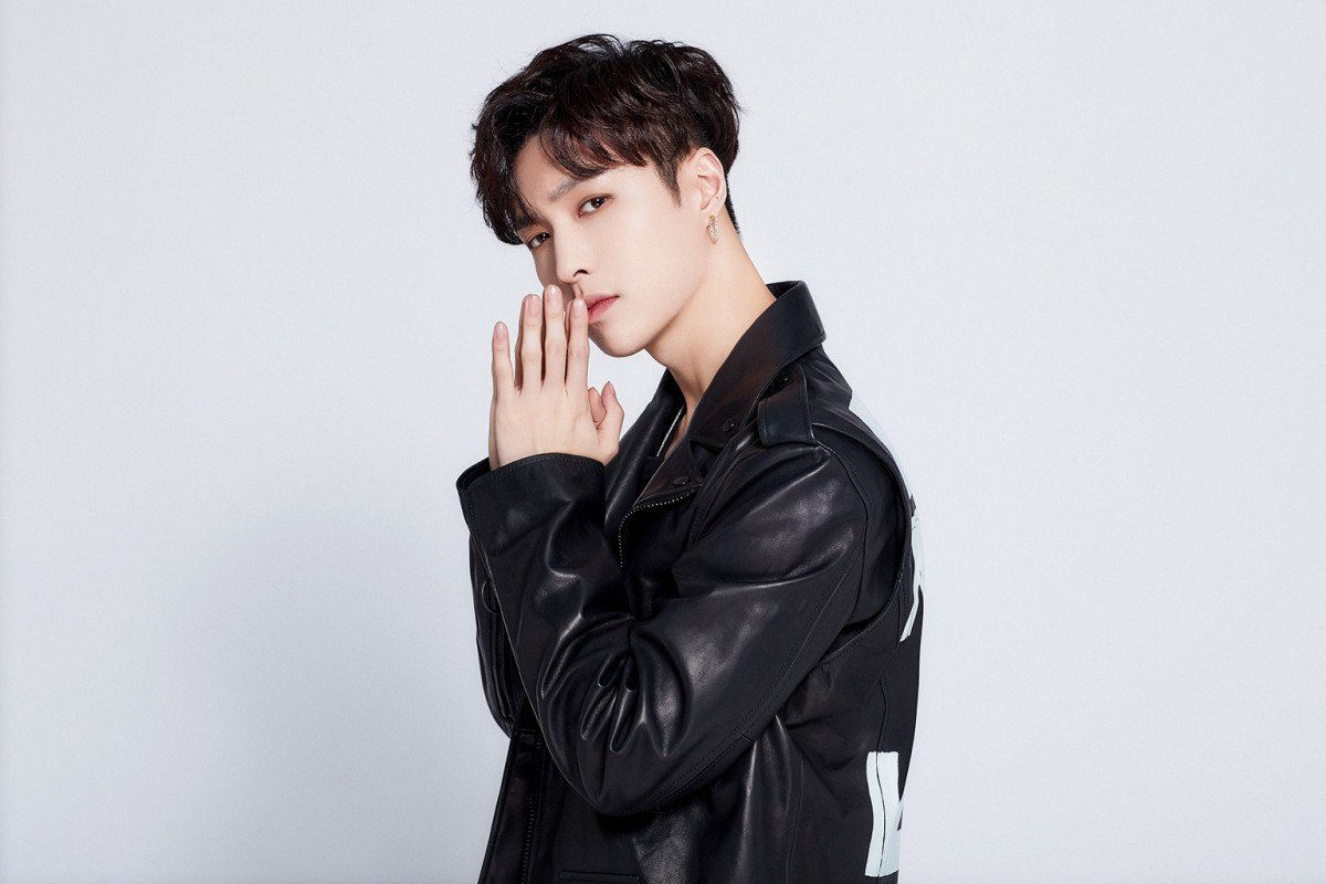 Netizens Sign Exo S Lay Zhang Up For Organ Donation After He Shows Support For Hong Kong Police Entertainment News Asiaone
