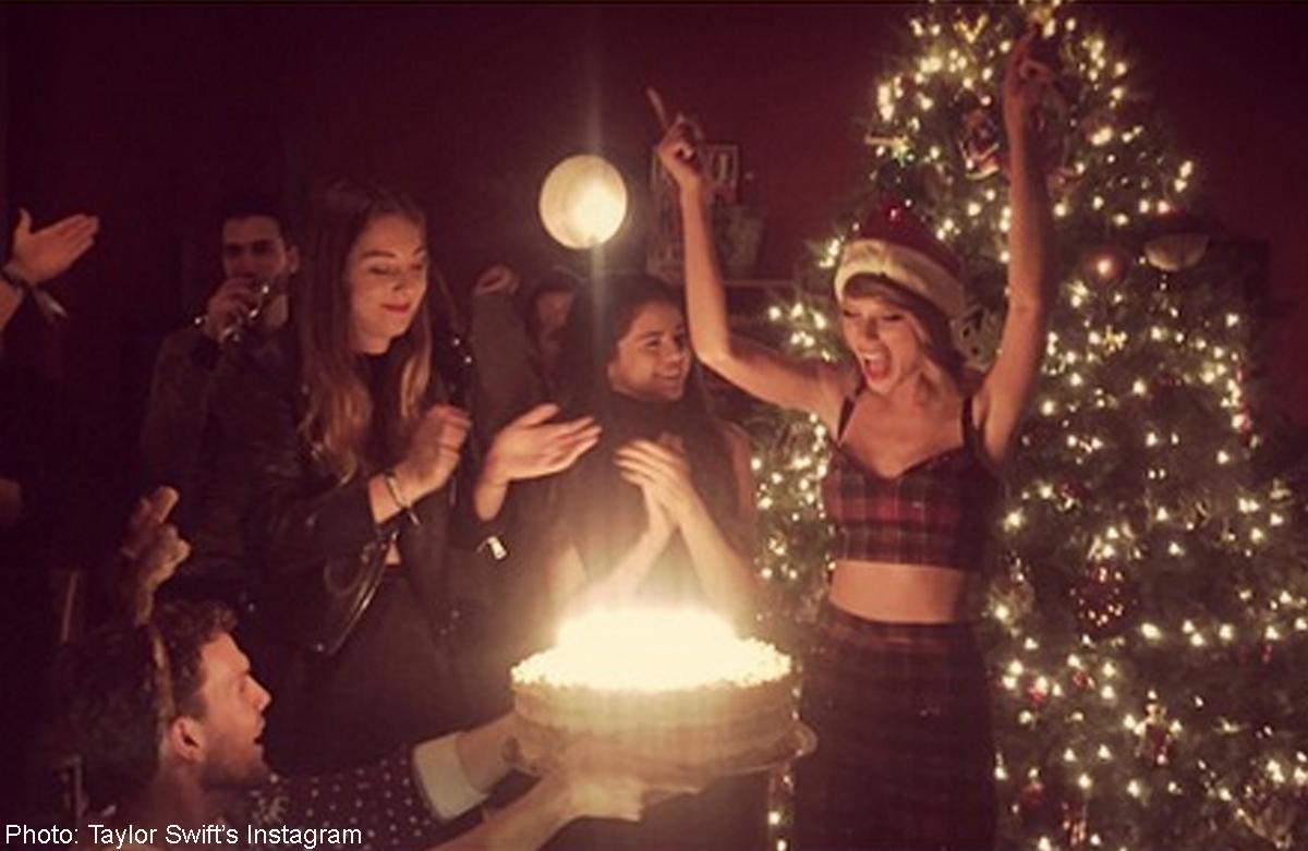 Pleasant Swifts 25Th Birthday Was A Star Studded Event Women Funny Birthday Cards Online Alyptdamsfinfo
