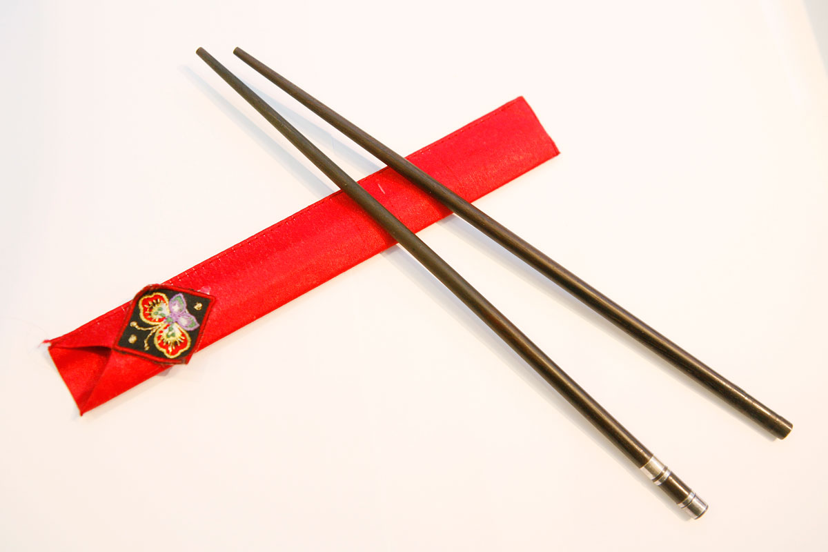 China toddler pokes brain with chopstick via right eye, Asia ...