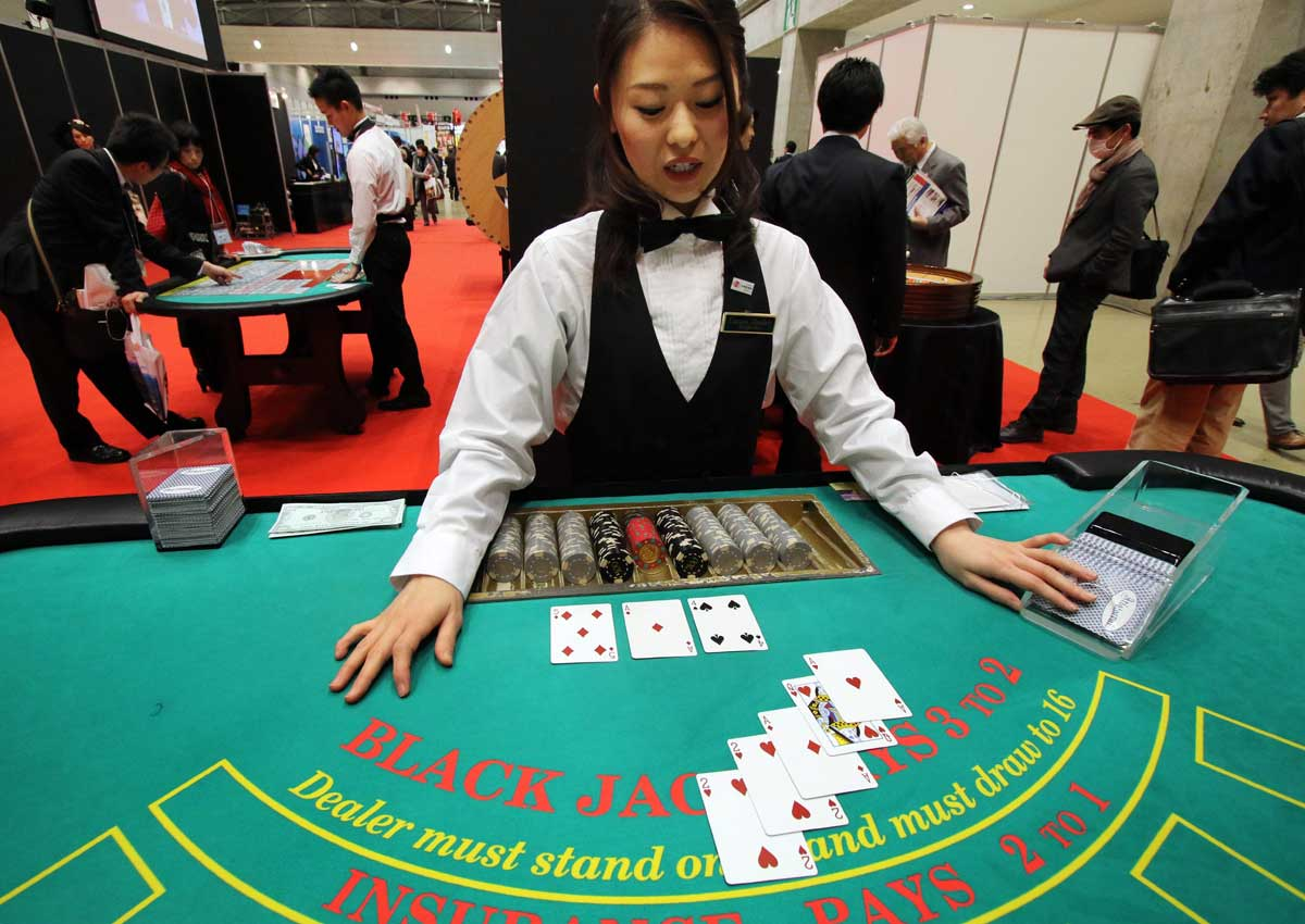 licensed casino gambling essay In the social and economic impact of native american casinos licensed casino gambling essay casino gambling should be available in viet nam the.