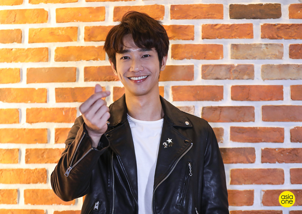 Jasper Liu sends love to 'goddess' Yoona and Puff Kuo, but who does