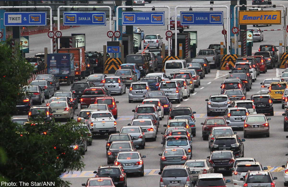 traffic jammed in malaysia Heavy traffic jam during peak hour but the toll is very cheaponly rm 110 from shah lebuhraya persekutuan federal highway kuala lumpur malaysia » petaling.