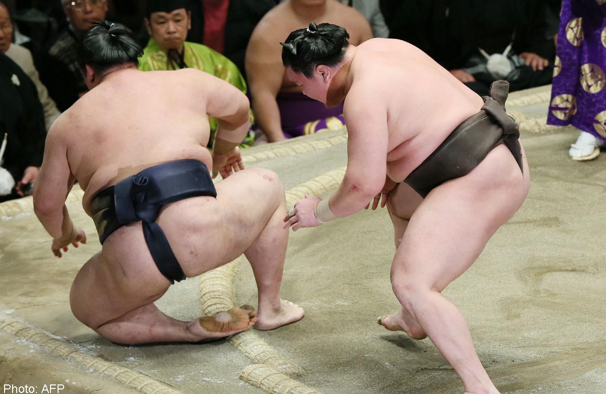 Голые сумоистки фото 66