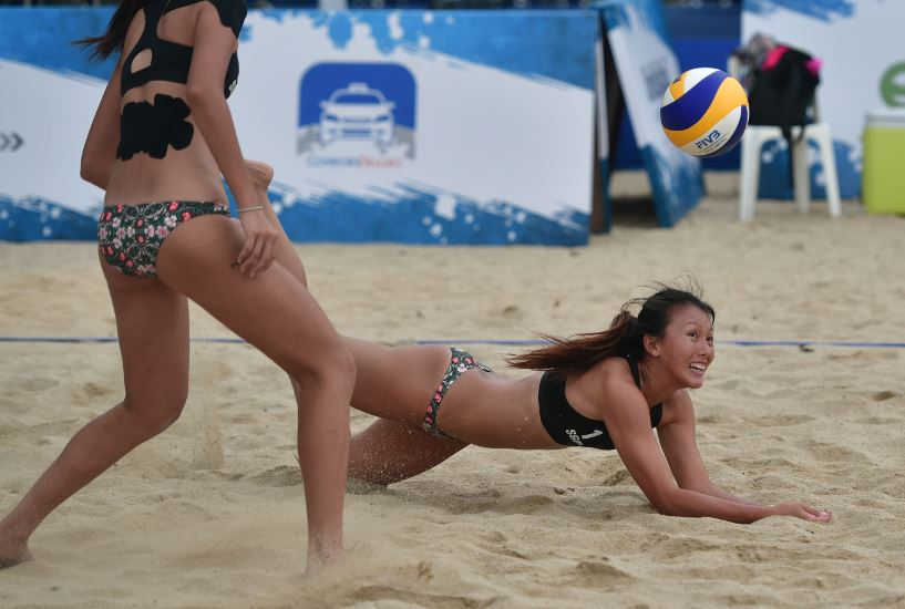 asian Beach volleyball games bikinis