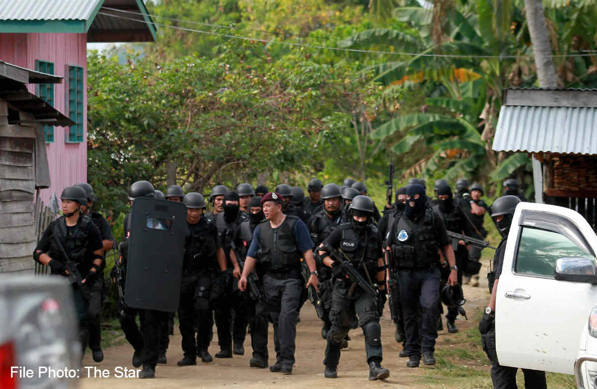 the lahad datu incident: non traditional threat impact to malaysian security The recent lahad datu incident only heightened these tensions which could lead to more discrimination, abuses or persecution by malaysian the failure to end the lahad datu standoff amicably and the violence that ensued afterwards exposed malaysia's still tenuous foothold in sabah.