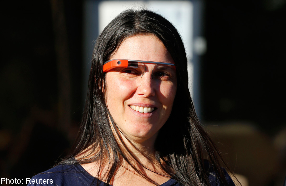 c6e429d9154 Google has not announced a public release date for Google Glass but  speculation centers around early 2014.