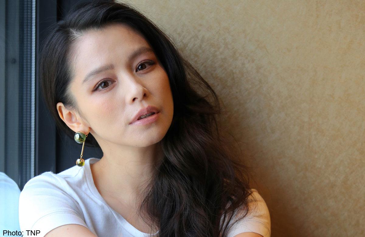 Vivian Hsu Nude Photos 7
