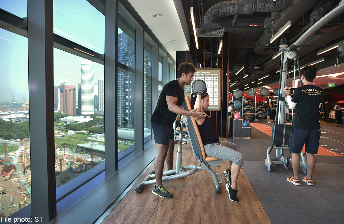 39 small fire 39 at fitness first 39 s marina bay financial - Fitness first swimming pool singapore ...