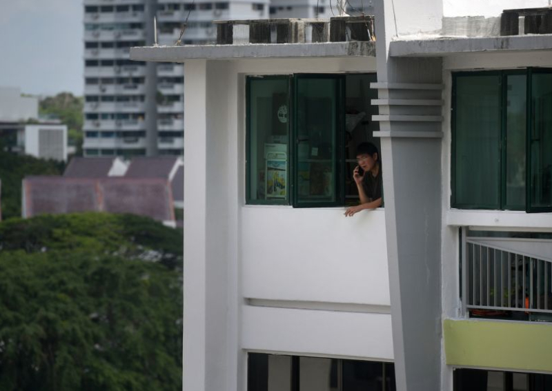 Grace Fu: Smoking at home harder to catch than being naked