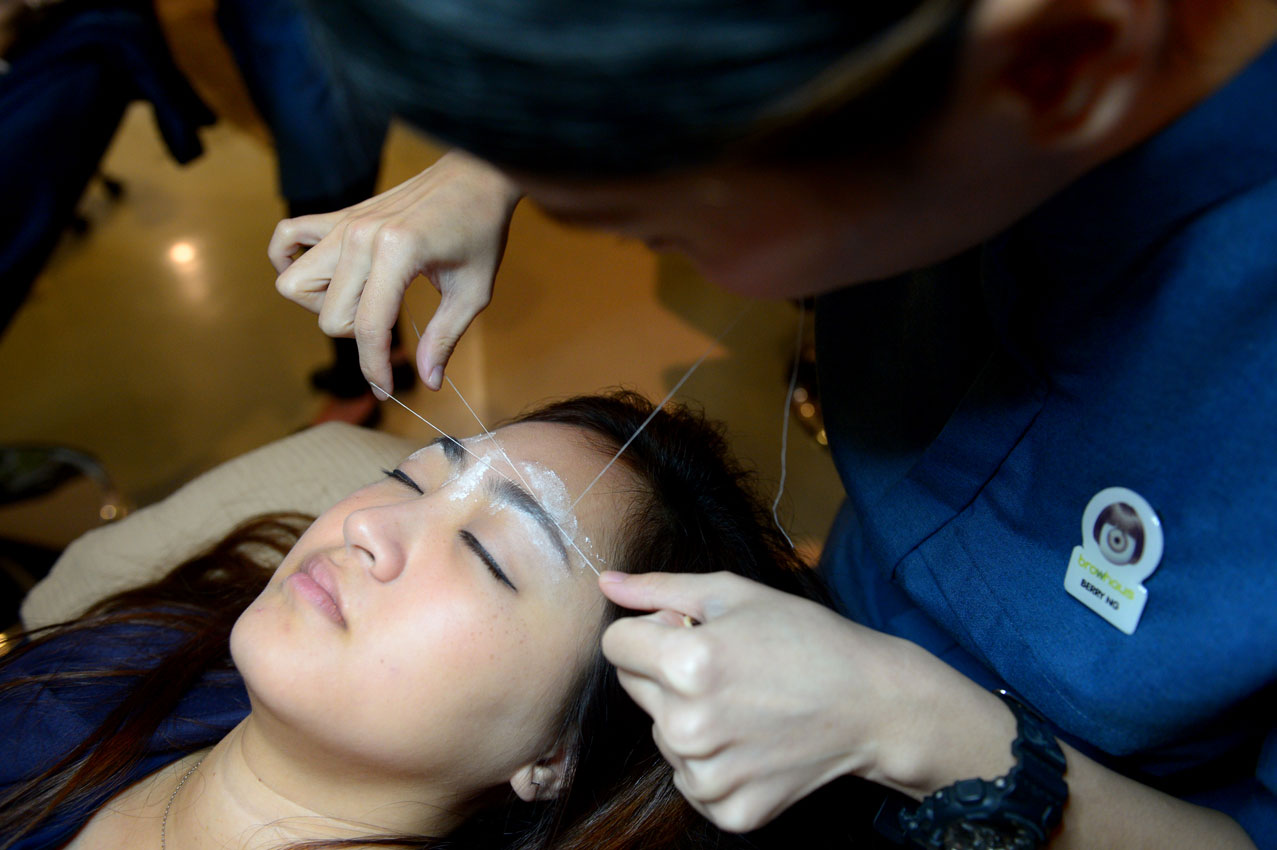 a44d947758c Beauty parlours are seeing more clients of both genders requesting brow  services, including threading, tweezing, waxing and brow embroidery.