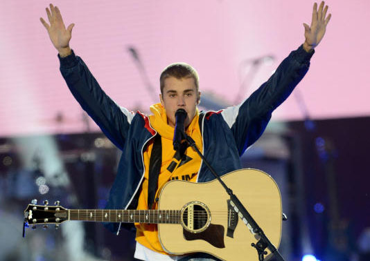 Twitter explodes with reactions after Justin Bieber cancels