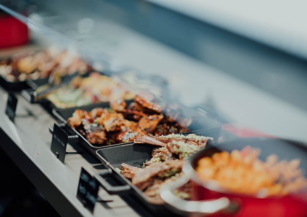 The best 1-for-1 hotel buffet dining promotions in Singapore