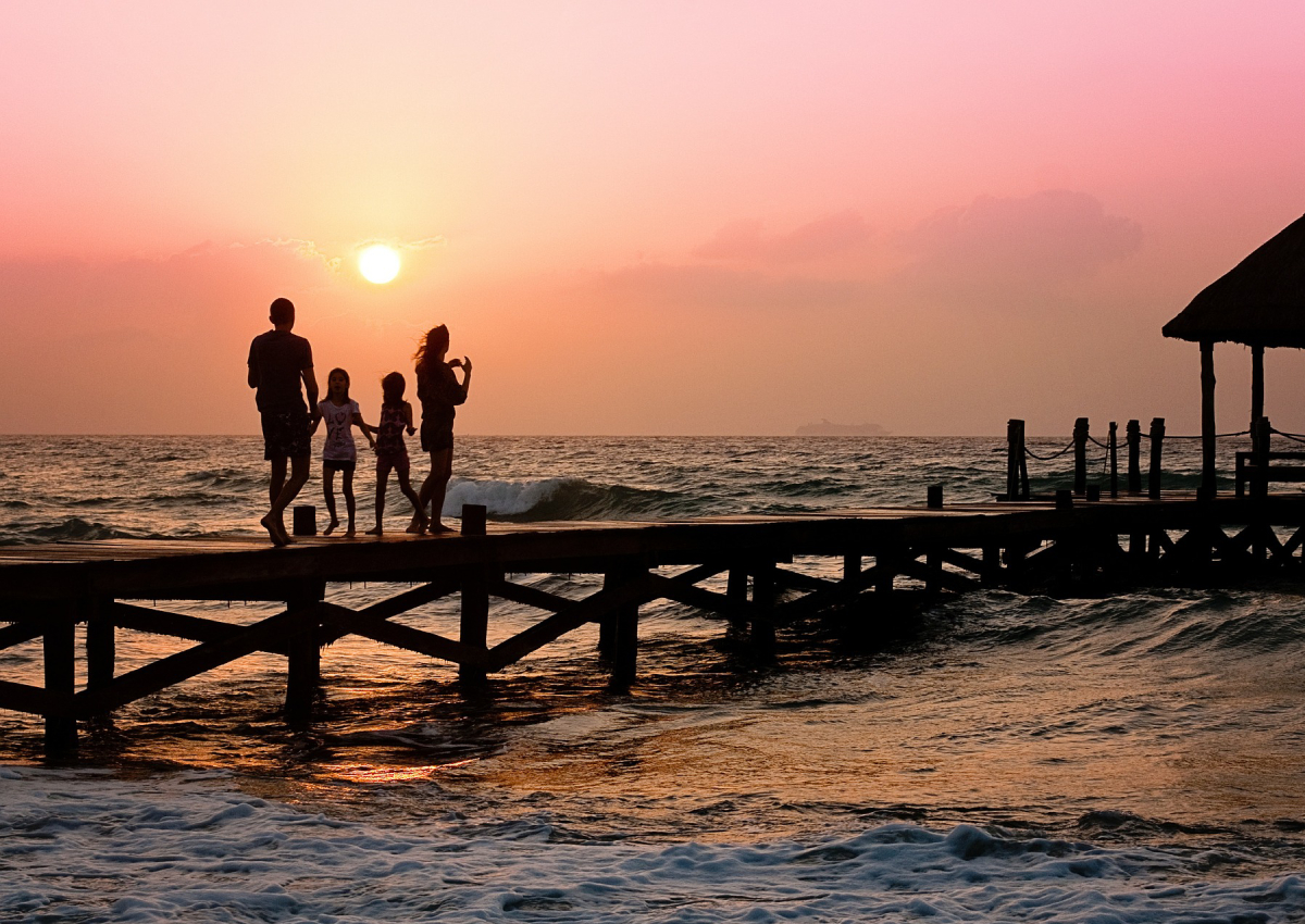 7 best travel agencies in Singapore for multi-generational family