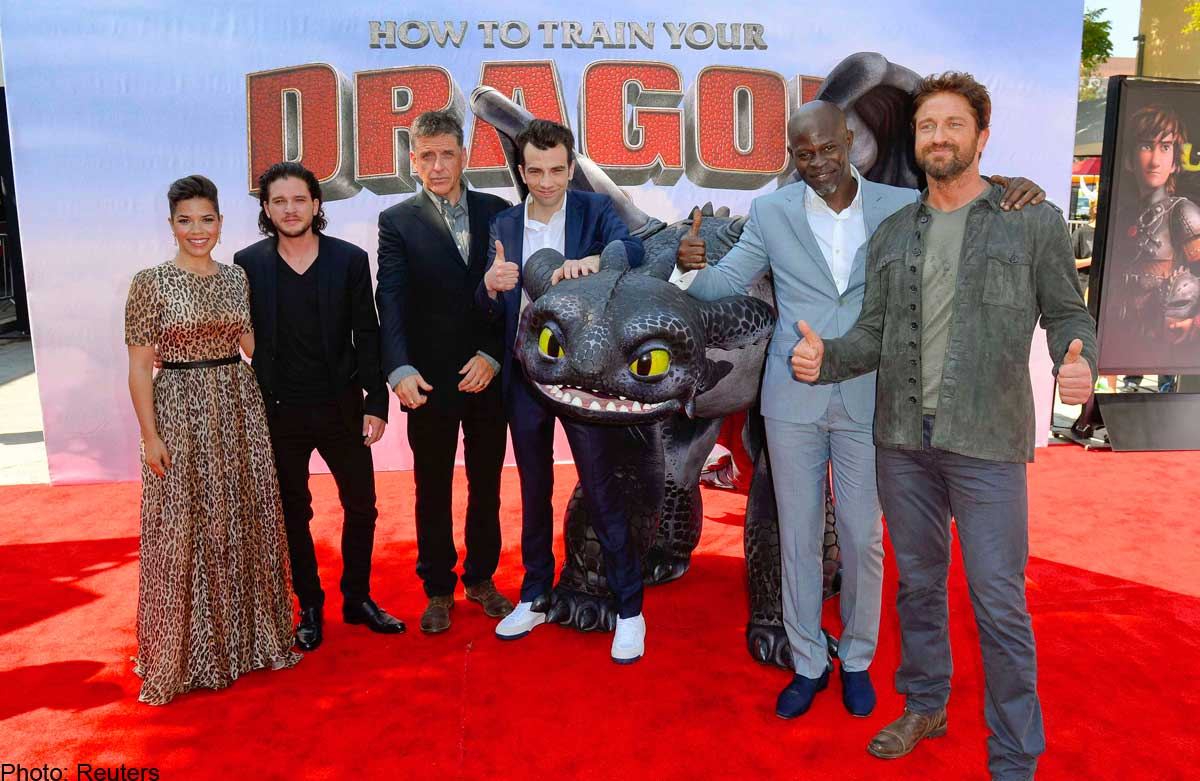 How To Train Your Dragon 2 Cast Interview Celebrity Interviews  Fandangomovies How