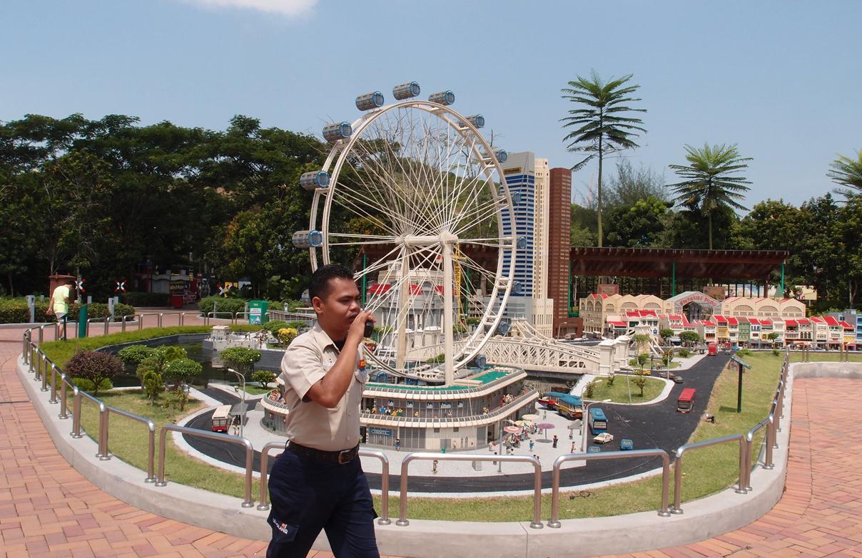 Facebook post a hoax: Legoland, Malaysia News - AsiaOne