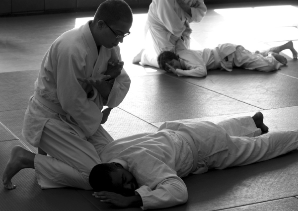Throw some kicks & stay fit with these self defence classes