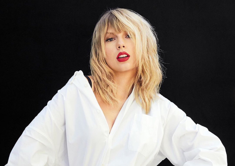Taylor Swift Urges Removal Of Two Statues Of Despicable Figures In Her Hometown Entertainment News Asiaone
