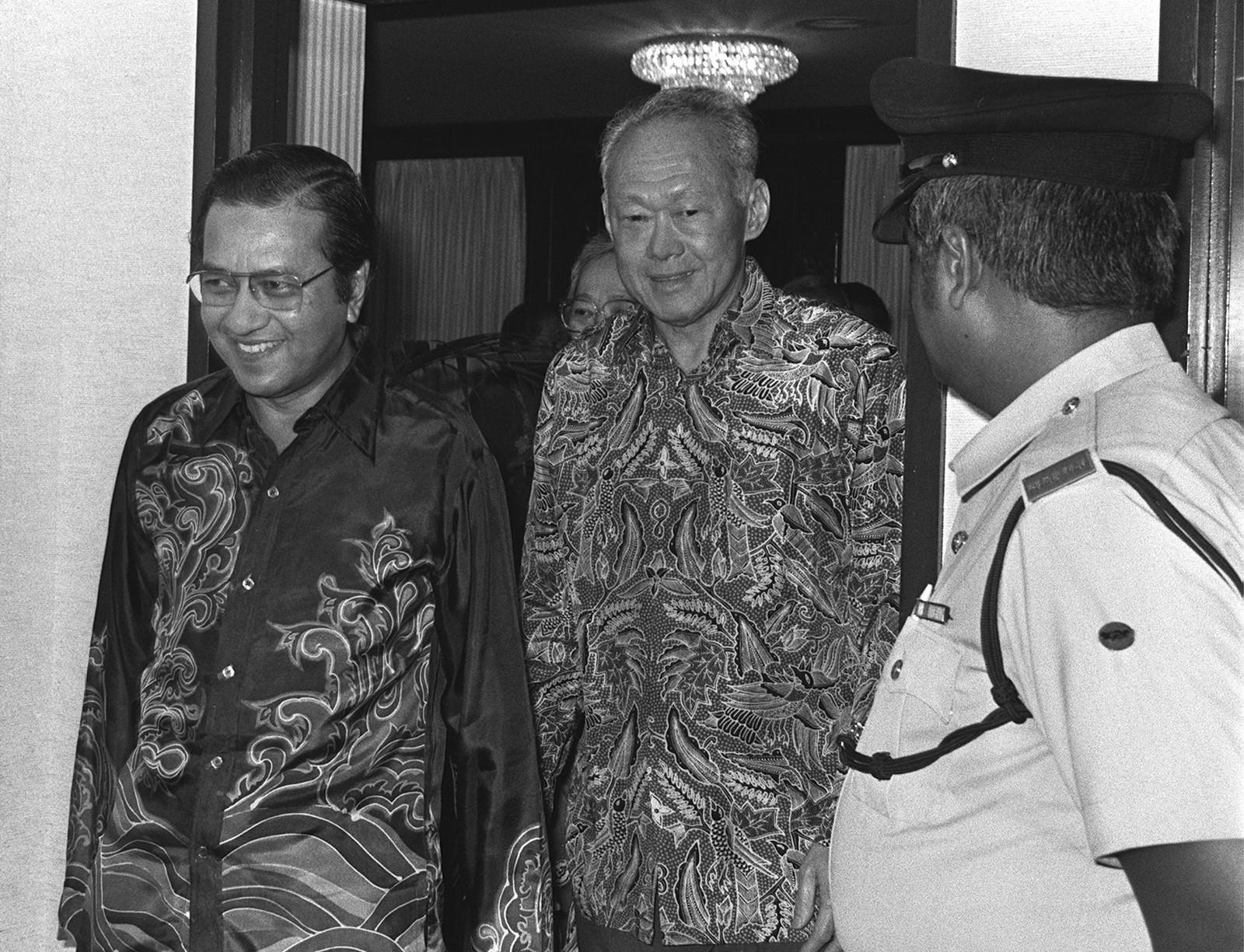 dr Mahathir Lee Kuan Yew Lee Kuan Yew And dr Mahathir
