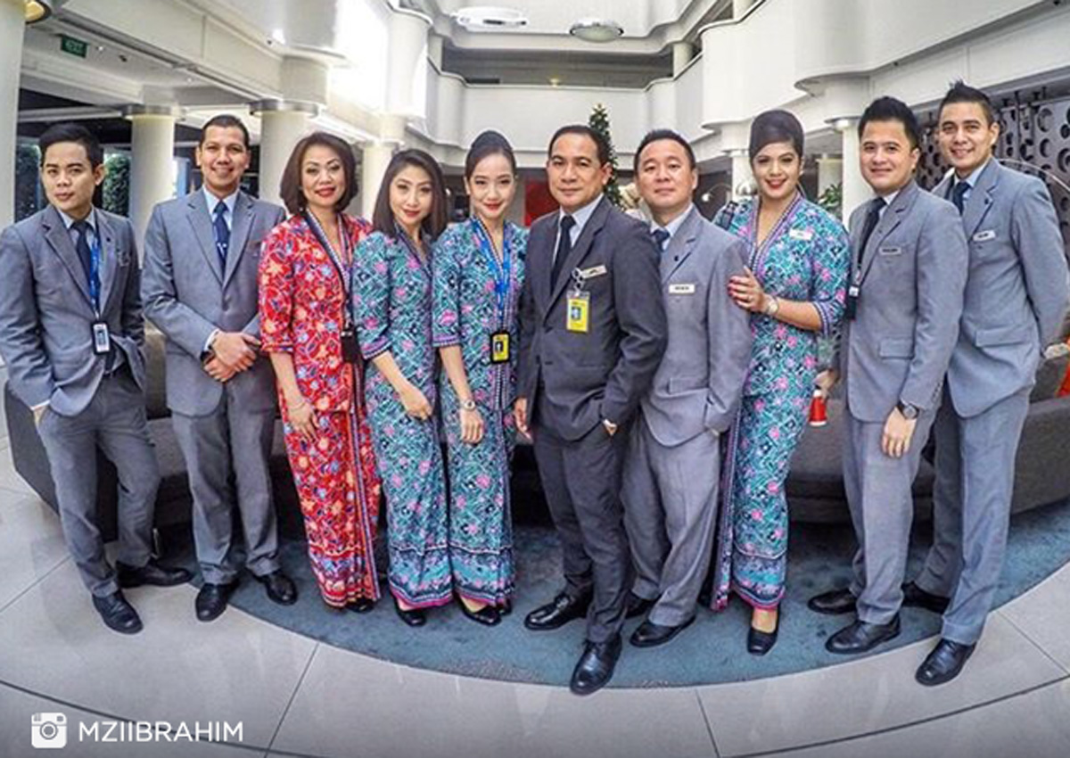 Malaysia Airlines Crew To Wear Exclusive Farah Khan Designs Travel News