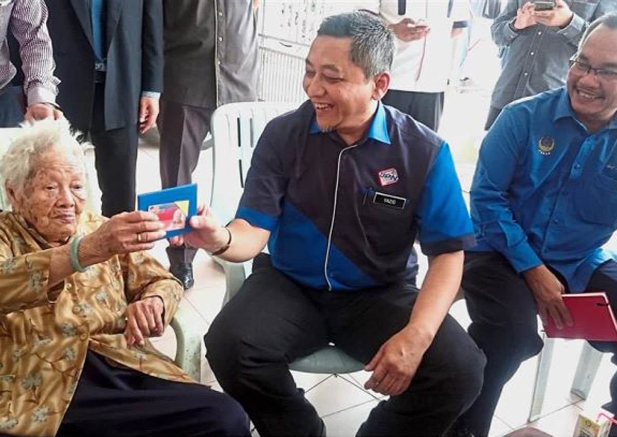 100-year-old great grandma is still hoping to get Malaysian