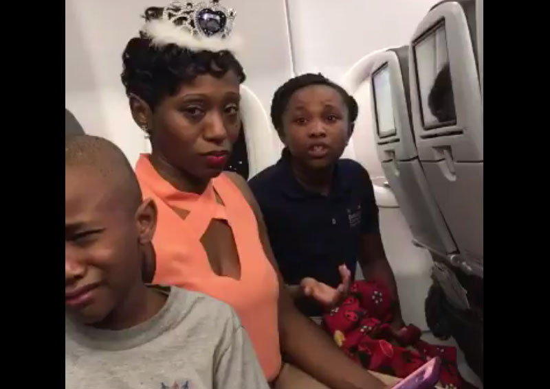 Family Kicked Off Flight Birthday Cake