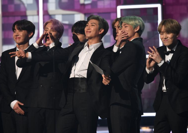 Bts Makes Historic Debut At Grammys Entertainment News Asiaone